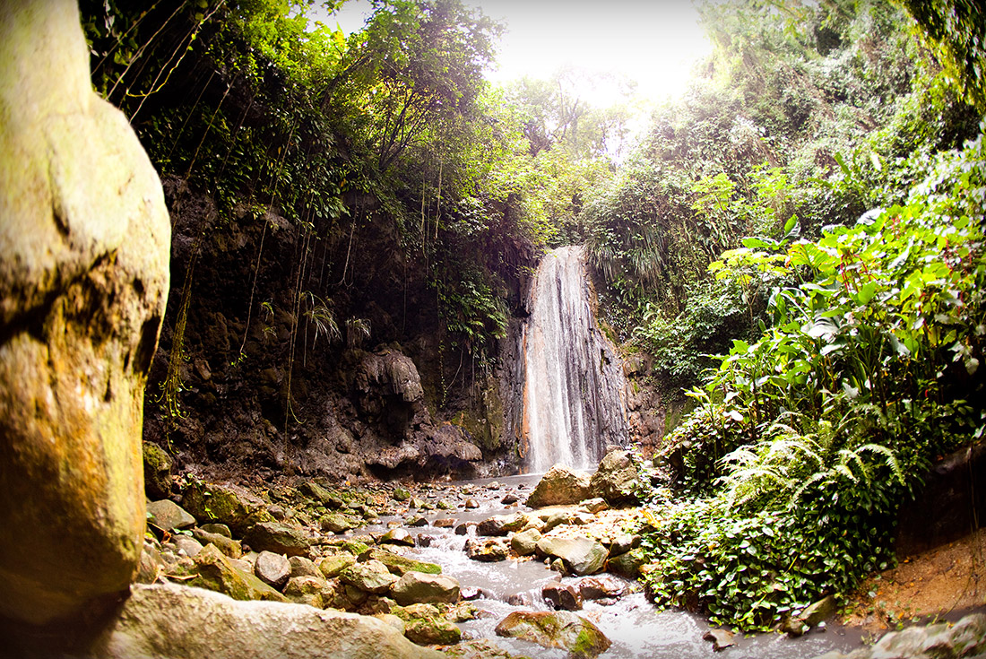 diamond falls st lucia