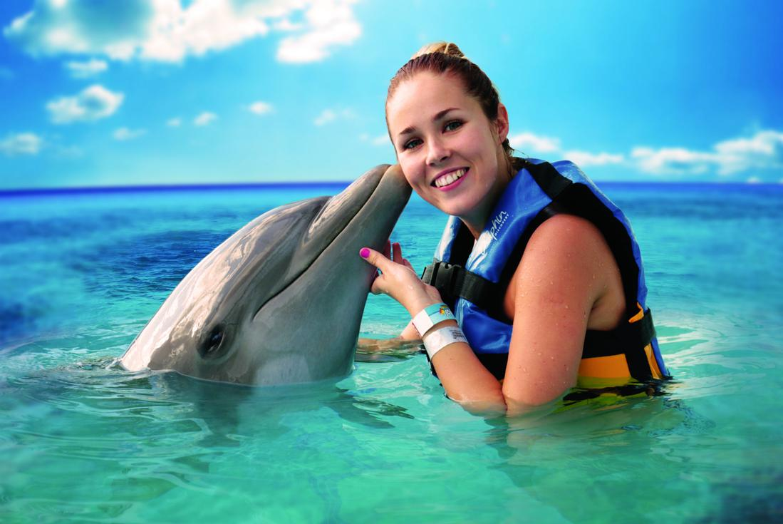 cancun dolphin encounter